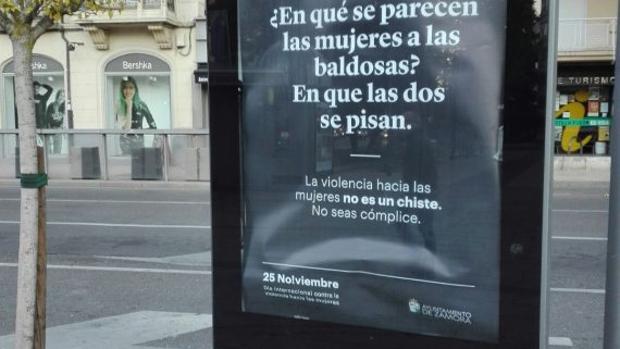Uno de los mensajes de la campaña que se puede ver en las calles de Zamora
