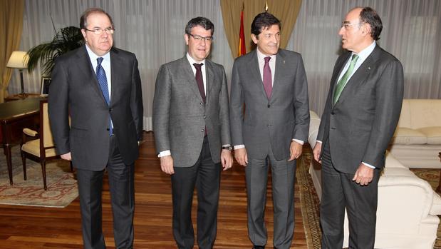 Herrera, Nadal, Fernández y Galán, minutos antes de la reunión celebrada este jueves en Madrid