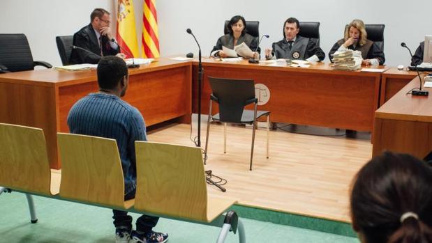 Un momento de la primera sesión del juicio, en la Audiencia de Alicante