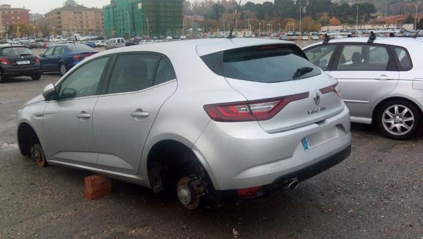 El vehículo sin las ruedas
