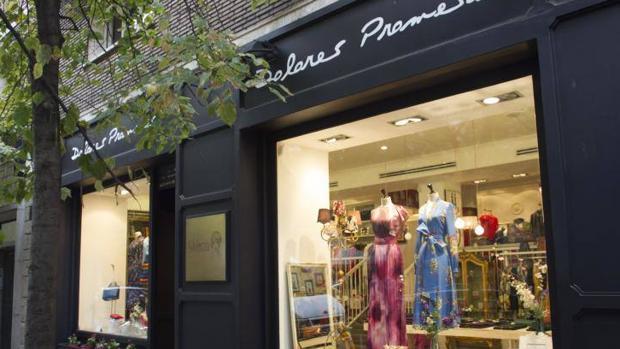 Escaparate de la tienda Dolores Promesas en la calle Claudio Coello