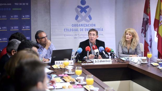 Alfredo Escaja y Silvia Saez, durante la presentación del estudio