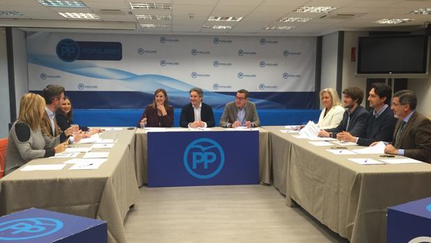 Reunión de la gestora del PP de la provincia de Valencia con los diputados populares