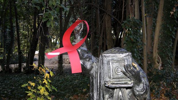 Campaña de Cruz Roja con motivo del Día Mundial del Sida, en una imagen de archivo