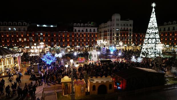 Valladolid enciende su encendido navideño