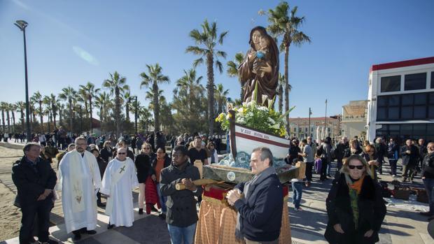Imagen de la procesión de este domingo, 3 de diciembre