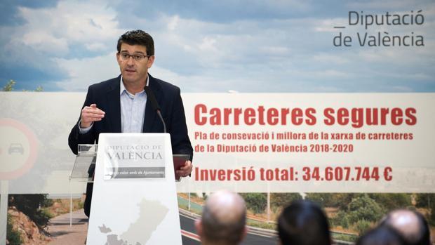 Imatge de Jorge Rodríguez, en la presentació del plan de carreteres segures