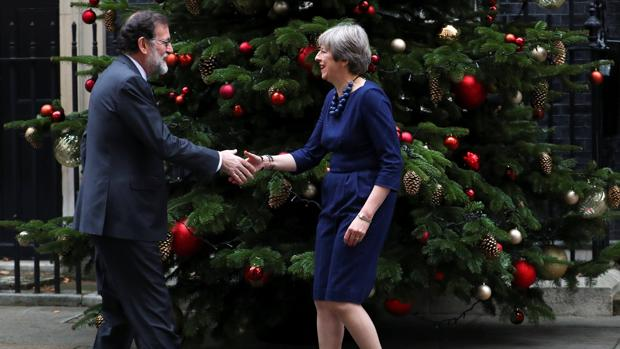 Mariano Rajoy y Theresa May, en Downing Street