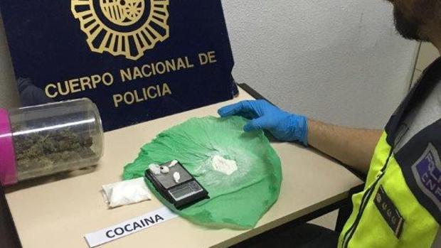Droga intervenida al repartidor de comida rápida en Alicante