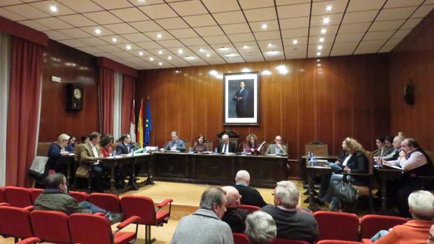 Una de las sesiones plenarias en el consistorio de la localidad ciudadrealeña de Manzanares