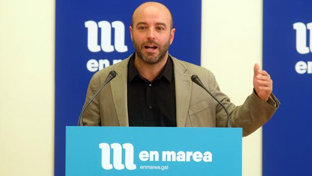 El líder de En Marea, Luís Villares, durante una rueda de prensa