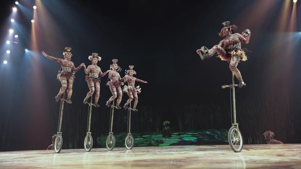 «Totem» está hasta el 14 de enero en el Escenario Puerta del Ángel