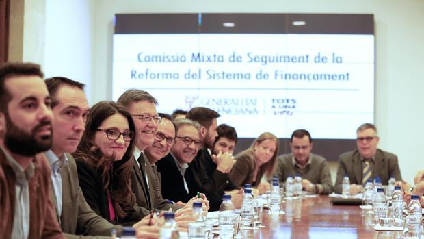 Imagen de la reunión celebrada este lunes en el Palau de la Generalitat