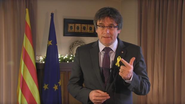 Carles Puigdemont, durante el mensaje de Año Nuevo que ha mandado desde Bruselas