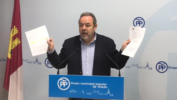 Jesús Labrador critica el retraso que va a sufrir el proyecto de moviildad para el nuevo hospital