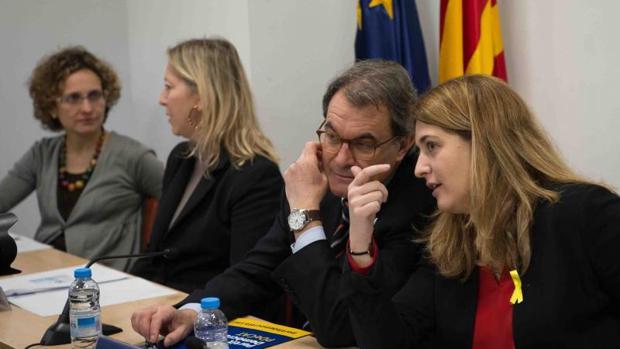Artur Mas y Marta Pascal, este lunes en la ejecutiva del PDECat