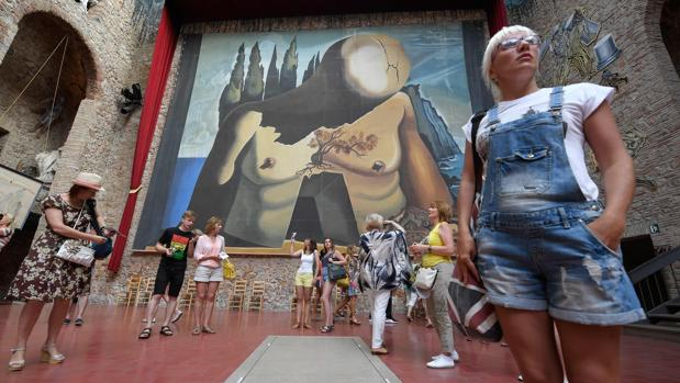 Interio del Teatro-Museo Dalí de Figueres