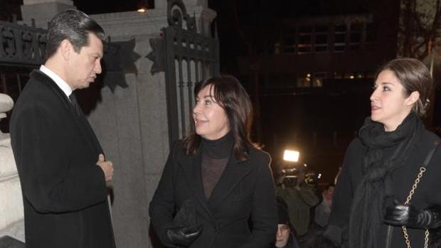 Familiares de Carmen Franco, a su llegada al funeral en memoria de la difunta