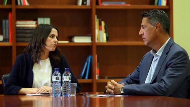 Inés Arrimadas, reunida con Xavier García Albiol
