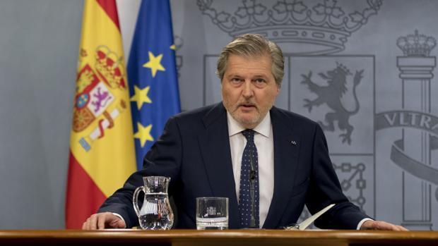 El ministro y portavoz, Íñigo Méndez de Vigo