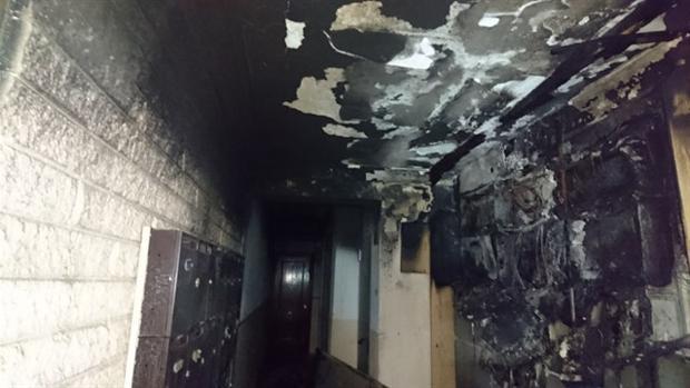 Estado de una parte del edificio tras el incendio