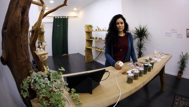 Zoila Soca, en la tienda abierta en el centro de la ciudad