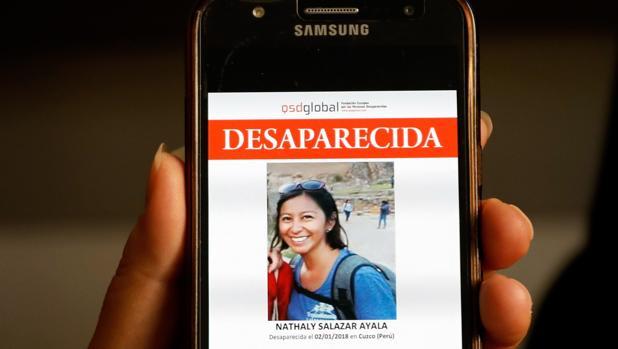 Imagen de la ficha de desaparición de Nathaly Salazar