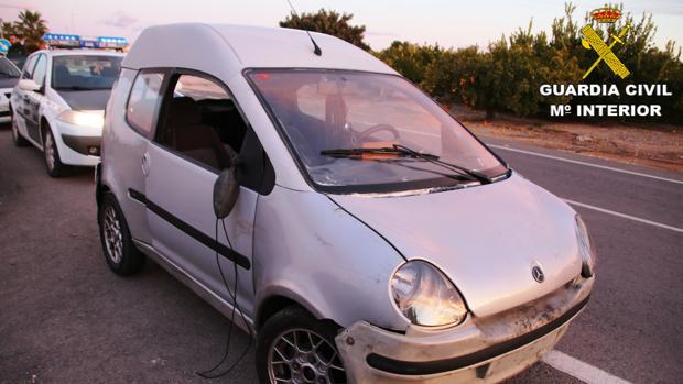 Imagen del vehículo utilizado por el detenido