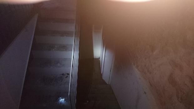 Imagen del sótano en el que comenzó el fuego