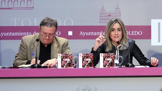 Milagros Tolón junto con el gerente del Teatro de Rojas de Toledo, Paco Plaza, este martes