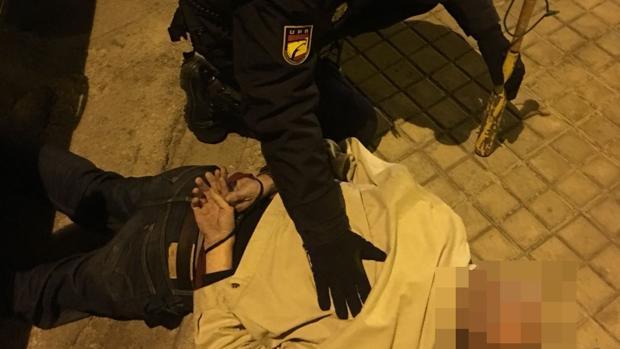 Imagen de la detención del hombre