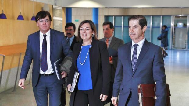 La consejera Milagros Marcos, con los presidentes de las confederaciones del Duero, Ebro, Tajo y Miño-Sil