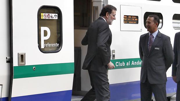 Rajoy, en el AVE que conmemoró los 25 años del trayecto entre Madrid y Sevilla