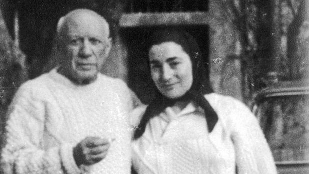 Picasso y Jaqueline, fotografiados en 1964 por Palau i Fabre