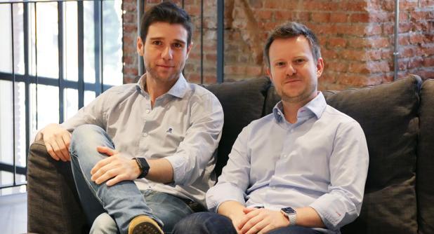 Carlos González (izquierda) y Carlos Gil, ingenieros informáticos artífices de la novedosa plataforma web