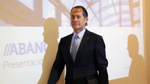 El presidente de Abanca, Juan Carlos Escotet, ayer en Santiago