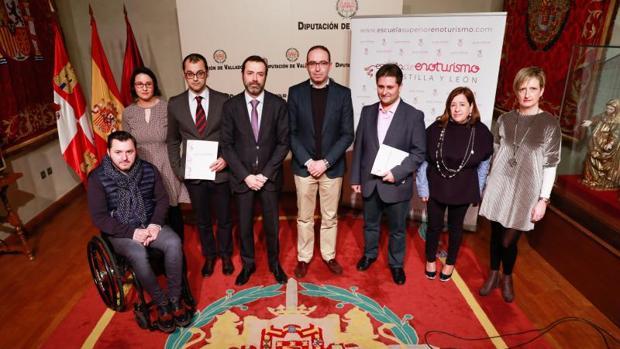 Presentación de la Escuela Superior de Enoturismo en la Diputación de Valladolid