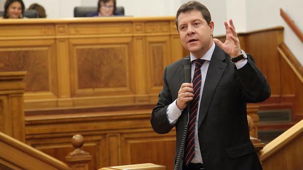 García-Page durante su intervención en las Cortes de Castilla-La Mancha