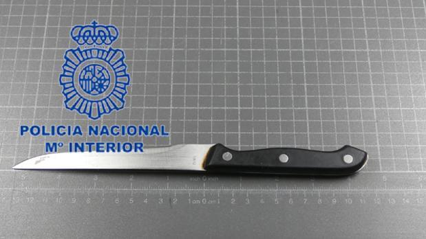 El cuchillo utilizado presuntamente en el intento de homicidio en Valencia