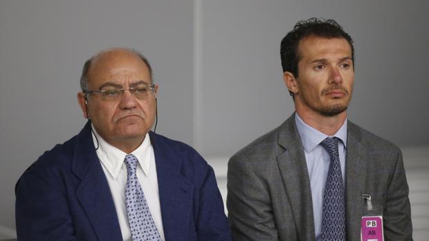 El expresidente de la Confederación Española de Organizaciones Empresariales (CEOE) y de Confederación Empresarial de Madrid (CEIM), Gerardo Díaz Ferrán (i)