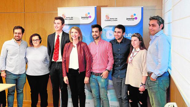Alicia García y Eduardo Carazo reciben a los miembros del Consejo de la Juventud de Castilla y León