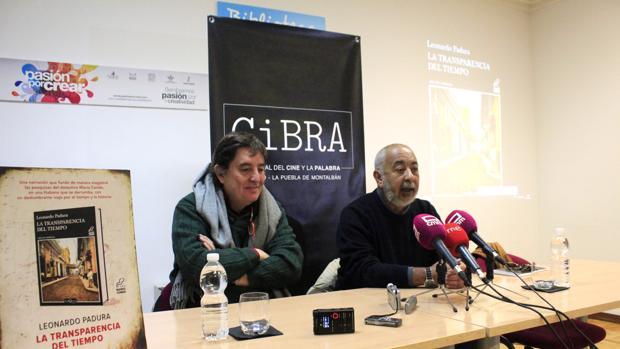 Luis García Montero y Leonardo Padura, en la presentación de «La transparencia del tiempo»