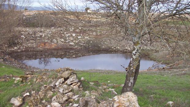 Una de las emanaciones de agua