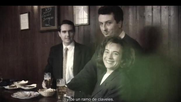 Fragmento del video-homenaje a ll matrimonio asesinado en Sevilla en 1998