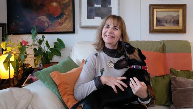 La autora bejarana Yolanda Izard
