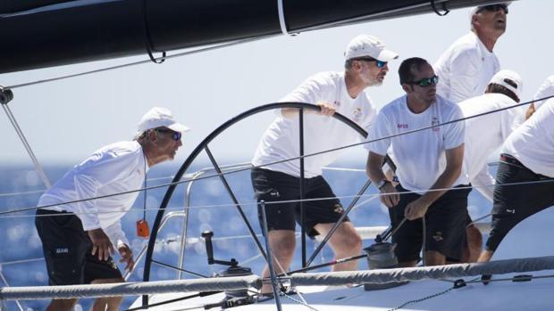 El Rey Felipe VI, durante una regata