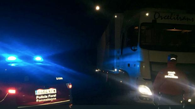 El vehículo alicantino interceptado por la Policía Foral de Navarra