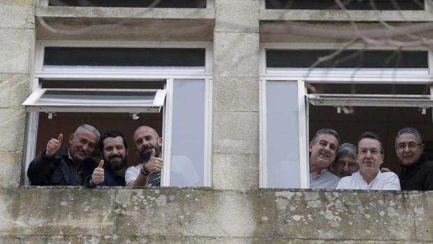 El comité de huelga encerrado en las dependencias de la Xunta