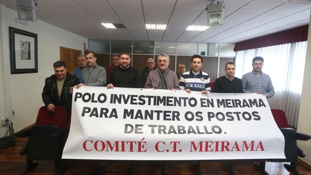 El comité de empresa encerrado ayer en el Ayuntamiento de Cerceda