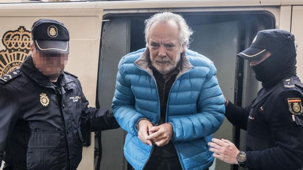Tolo Cursach, tras ser detenido, a raíz de una investigación de presunta corrupción entorno a la Policía Local